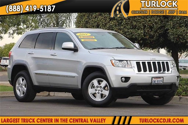 Pre Owned 2011 Jeep Grand Cherokee Laredo